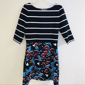 Women Just Taylor Size 8 fit and flare dress.